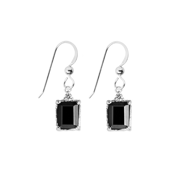 LADY SPINEL EARRINGS SILVER i gruppen SHOP / ÖRHÄNGEN hos EMMA ISRAELSSON (ear042)